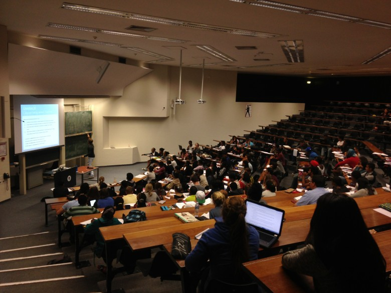UCT_Leslie_Social_Science_lecture_theatre_class